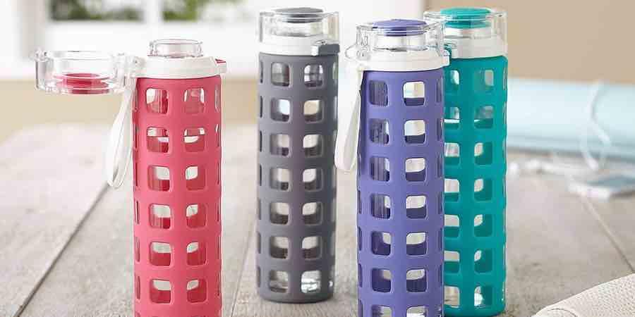 Botellas de agua de cristal