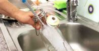 Limpiar botellas de vidrio